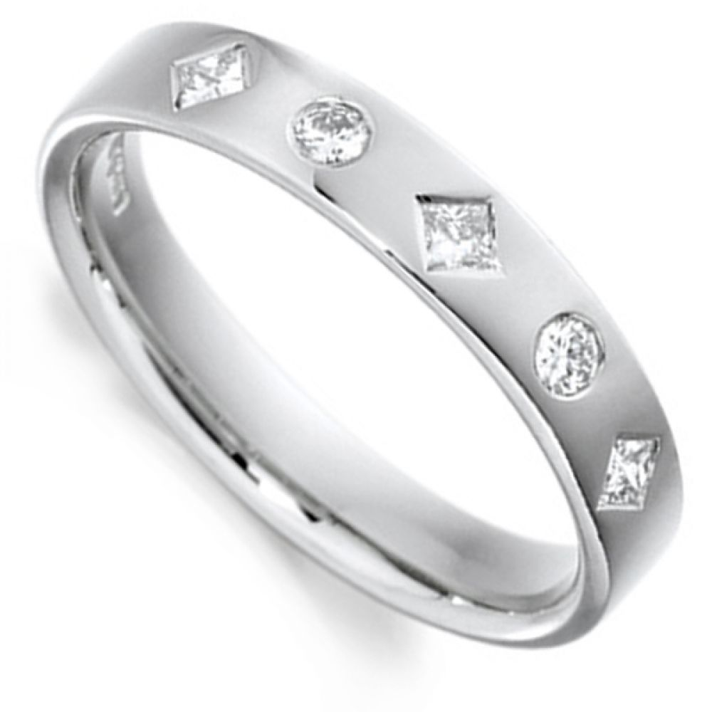 Princess and Round Cut Diamond Wedding Ring