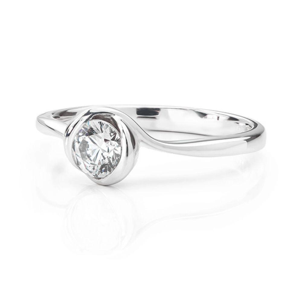 Rosebud engagement ring white gold lying down