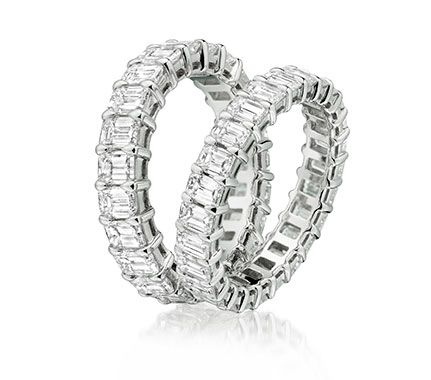 Sparkling diamond set diamond eternity rings with claw settings