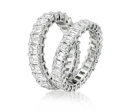 Sparkling diamond set diamond eternity rings with claw settings