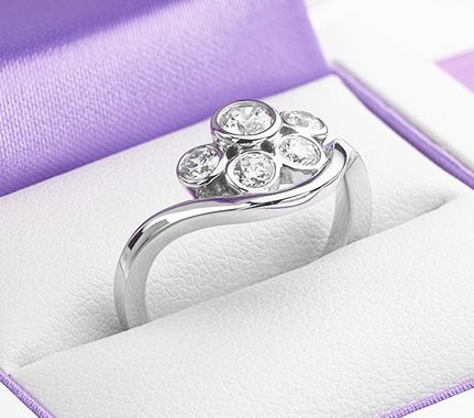 Diamond Bubble Ring Boxed