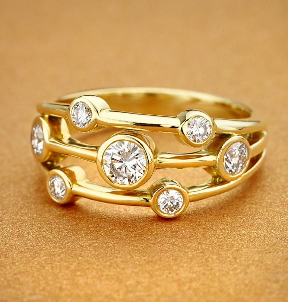 Yellow gold Raindrop diamond bubble ring