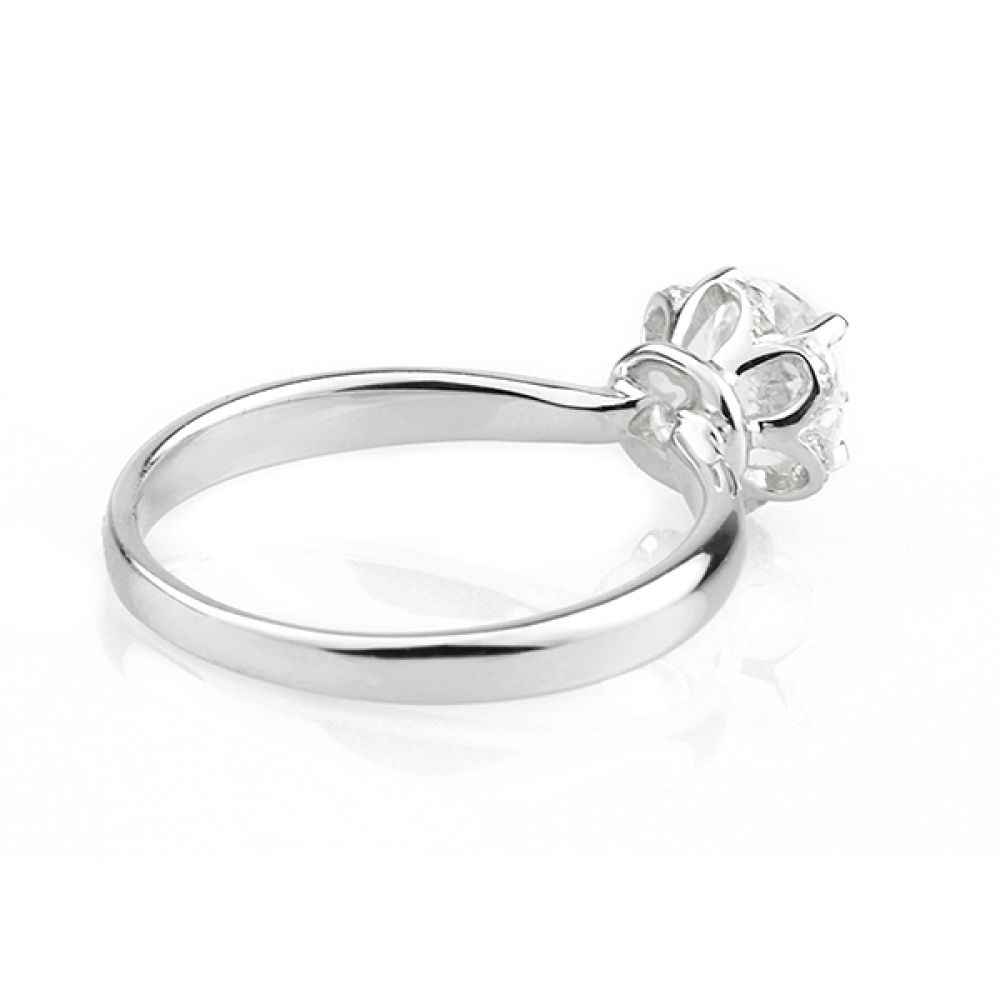 Side view of Tulip vintage diamond halo ring