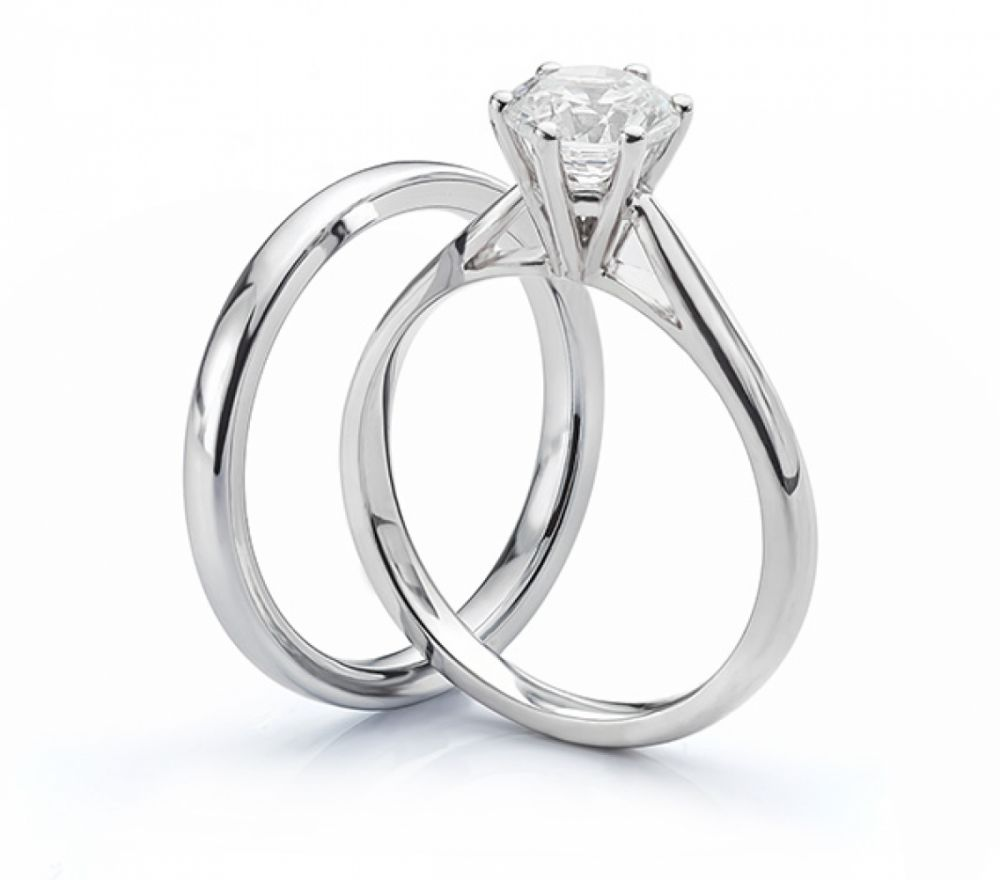 2.5mm version of the Arreton wedding ring matching an engagement ring band