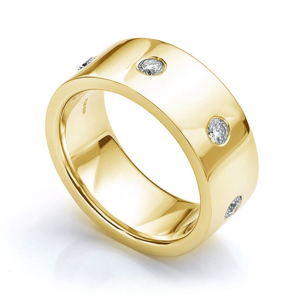 Perspective view in yellow gold showing mens 10mm diamond wedding ring