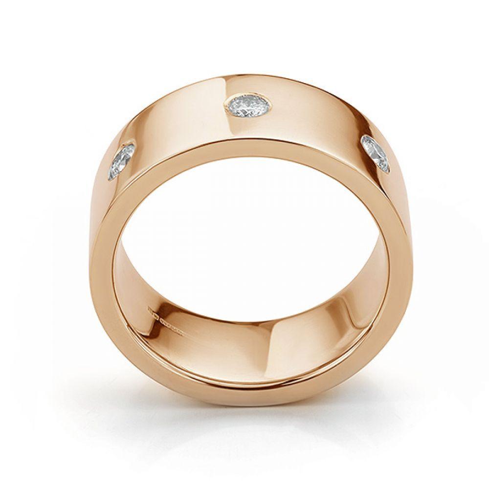 Side view in rose gold showing mens 10mm diamond wedding ring