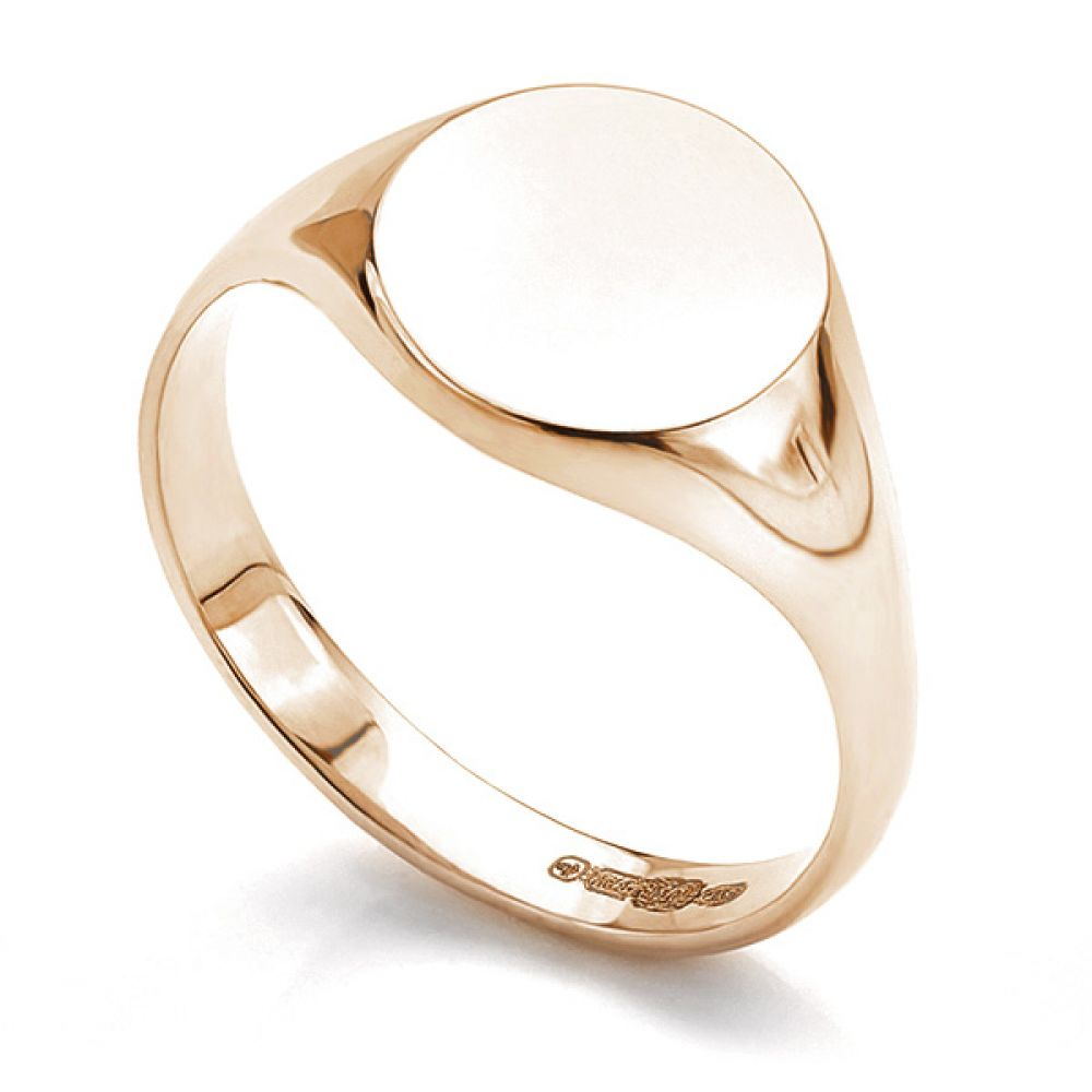 Small round signet ring in rose gold