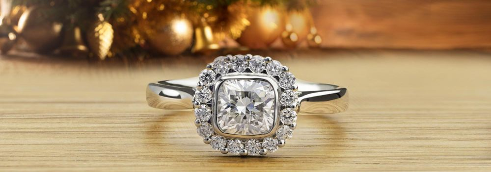 Eclipse Engagement Ring - Leave something sparkling under the Christmas Tree
