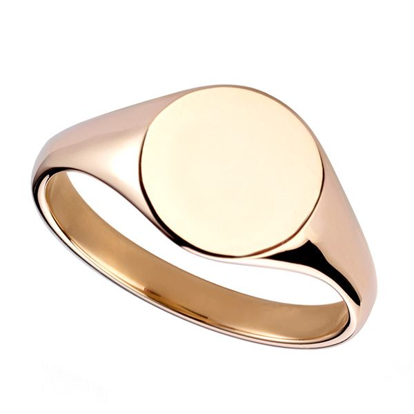 Medium Oval Engravable Signet Ring Main Image