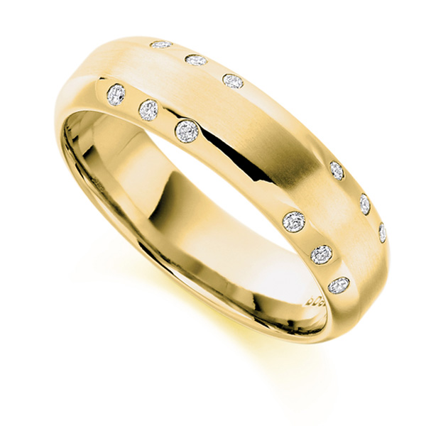 0.15cts Men's Flush Set Diamond Wedding Ring In Yellow Gold