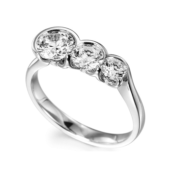 Ascending Size 3 Stone Diamond Ring