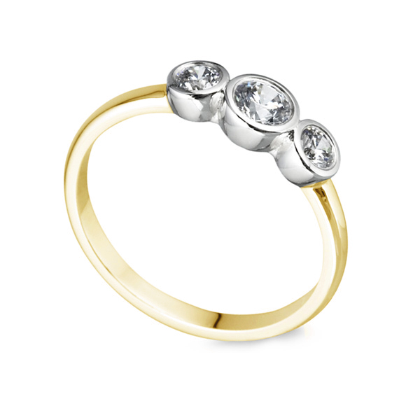 Gradated Bezel Three Stone Engagement Ring In Yellow Gold