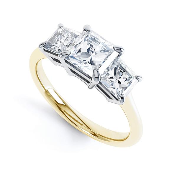 0.70cts Graduated Three Stone Engagement Ring
