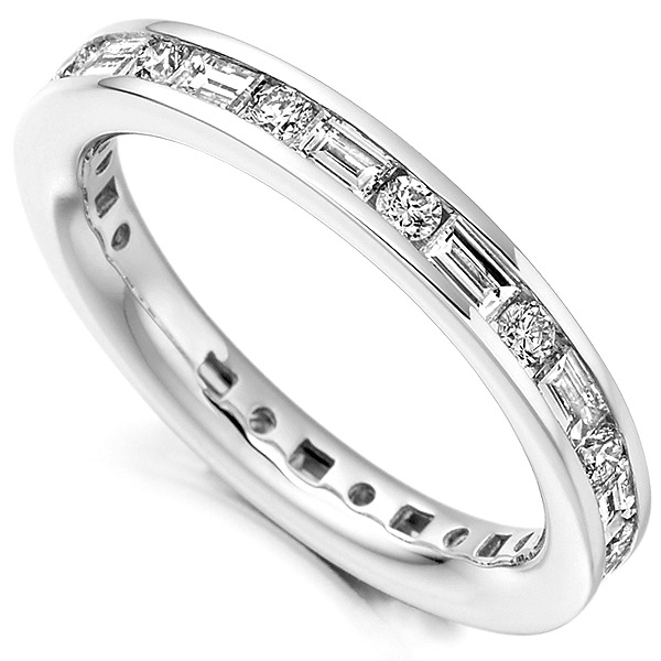 1.25cts Lengthways Set Baguette & Round Diamond Eternity Ring
